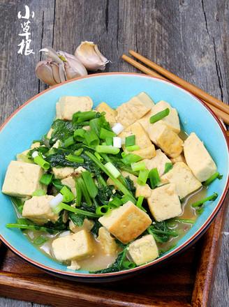 萝卜缨炖豆腐的做法