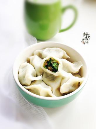猪肉韭菜水饺的做法【步骤图】_菜谱_美食杰