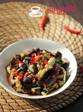 剁椒香菜拌茄条#美的智能冰箱#的做法