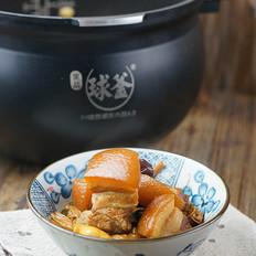金针菜炖五花肉的做法[图]