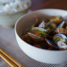酒蒸蛤蜊与泡盛