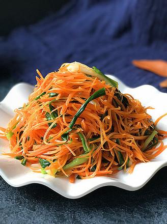 青蒜炒胡萝卜#萝卜白菜,各有所爱#的做法