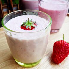 #幼儿1岁以上食谱#草莓奶昔