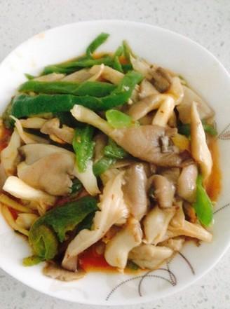 酸辣青椒炒平菇的做法