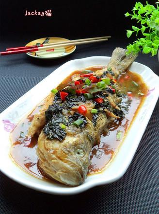 紫苏烧鲈鱼