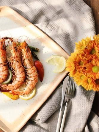 煎烤迷迭香大虾的做法