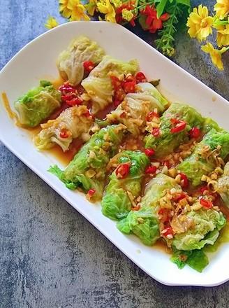香辣白菜卷肉的做法