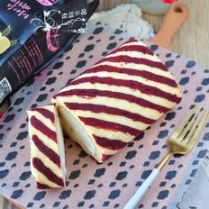 条纹蛋糕卷