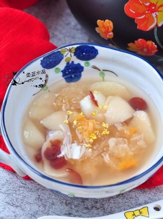 百合银耳梨汤的做法
