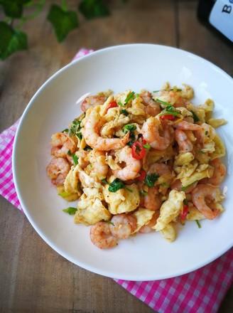 鲜虾炒蛋的做法