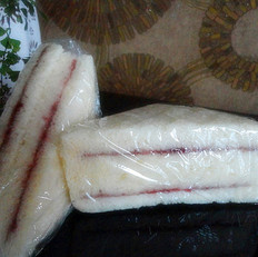 面包果酱三明治