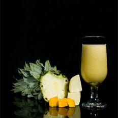 令人愉悦的香蕉芒果汁