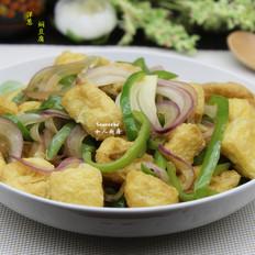 洋葱青椒焖豆腐