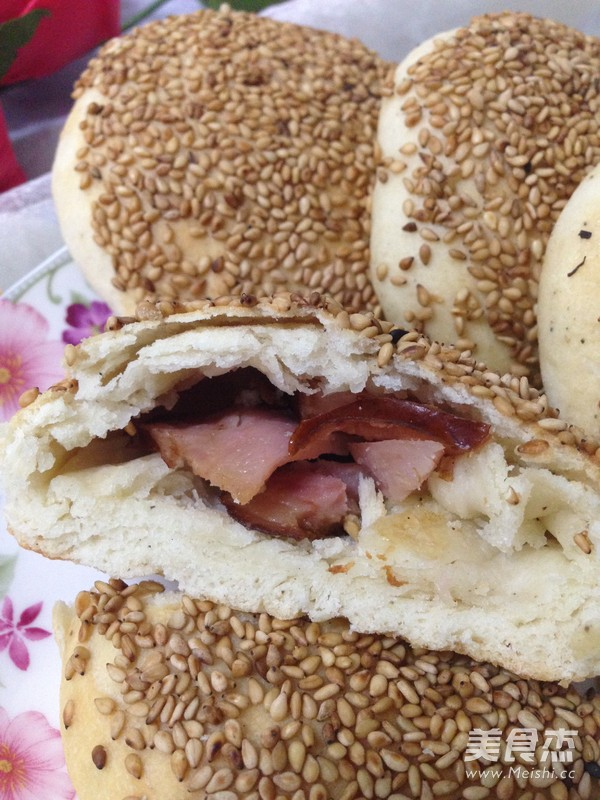 油酥红肠做法的做法_家常油酥红肠烧饼的广告烧饼室外视频图片