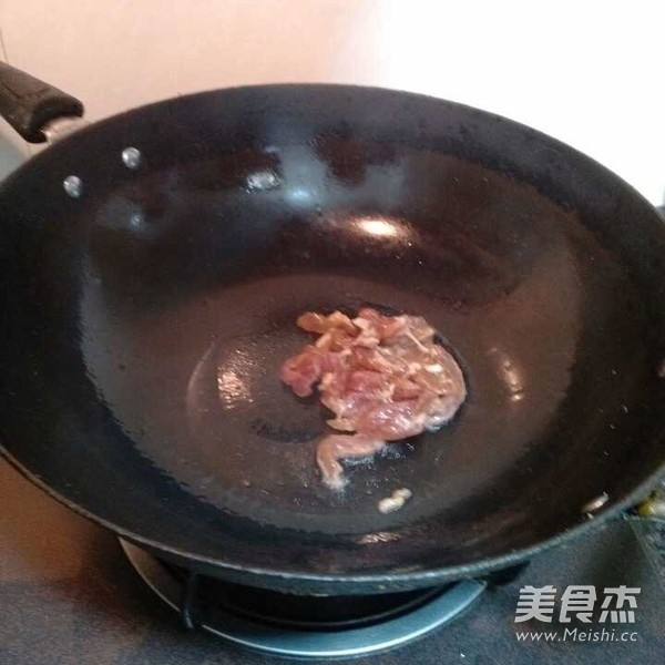 炒干面条的做法【菜谱图】_腊肉_步骤杰广式美食怎么做图片