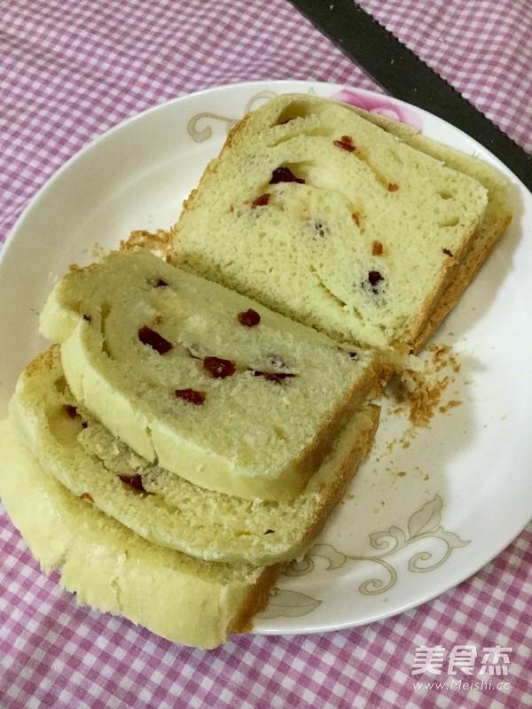 蔓越莓吐司面包的做法_家常蔓越莓吐司面包的做法