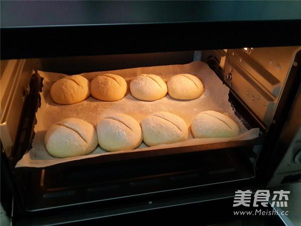 胚芽欧式面包的做法_家常胚芽欧式面包的做法【图】