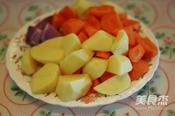 土豆滾刀塊切法圖解
