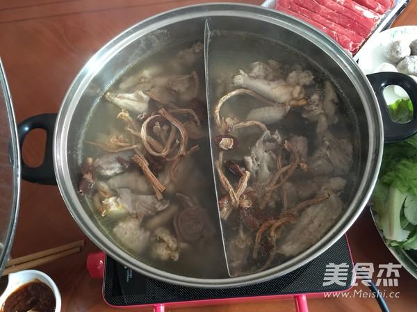 茶树菇鸡汤火锅的做法