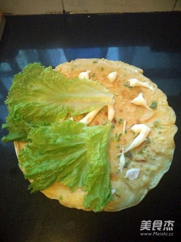 蔥花雞蛋餅:蔥香雞蛋餅子的做法_家常蔥香雞蛋餅子的做法