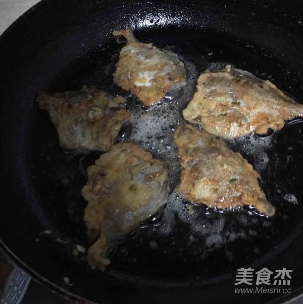 香煎小美食的鲳鱼【菜谱图】_做法_糯米杰步骤蛋的做法图片