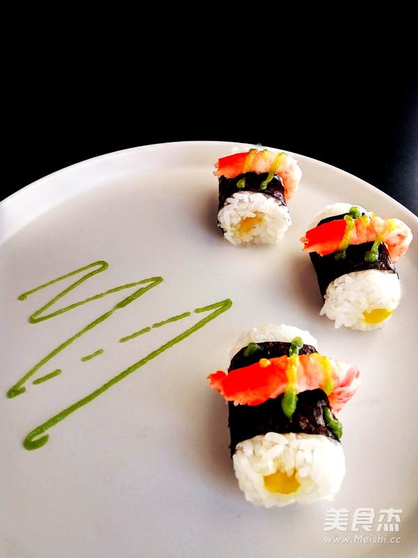 北极甜虾寿司的做法_家常北极甜虾寿司的做法
