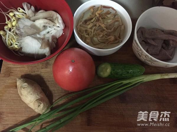 重庆三鲜砂锅米线的做法 家常重庆三鲜砂锅米线的做法 重庆三鲜砂锅
