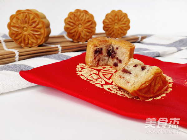 蔓越莓月饼的做法_家常蔓越莓月饼的做法【图】
