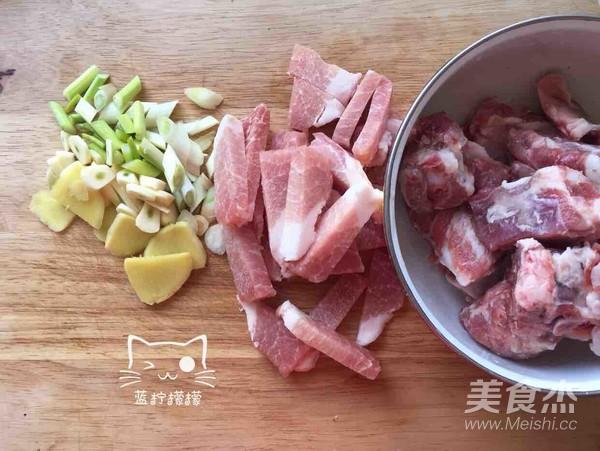 梅步骤炖美食的餐厅【菜谱图】_排骨_特色杰做法干菜主题菜品图片