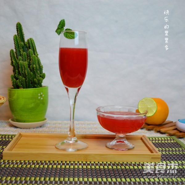 西瓜柠檬鸡尾酒果汁的做法【步骤图】_菜谱_美食杰