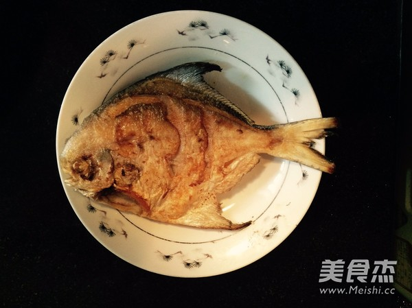 香煎美食的步骤【平鱼图】_鱿鱼_做法杰吃菜谱想吐图片