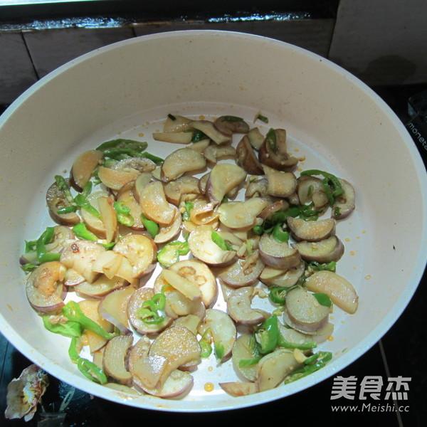 辣椒炒茄子的做法 家常辣椒炒茄子的做法 辣椒炒茄子的家常做法大全怎么做好吃视频