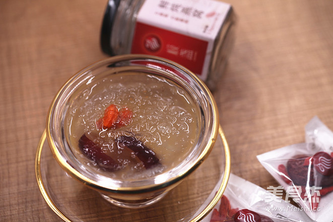 红枣枸杞炖燕窝的做法