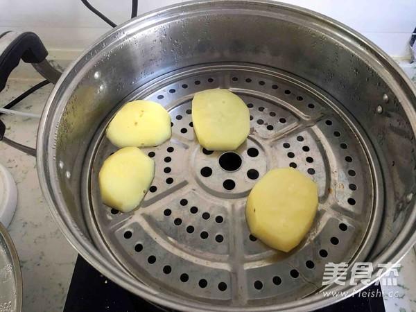薯泥蔬菜米饭丸子的做法_家常薯泥蔬菜米饭丸