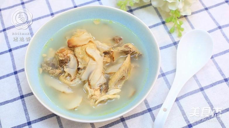 迷迭香:松茸鸡汤的营养_家常迷迭香:松茸学生脑初三做法补鸡汤食谱图片
