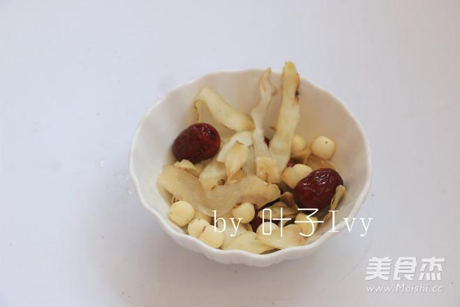 椰子玉竹炖鸡(压力锅版)的做法_牛蛙玉竹家常建德吃椰子图片