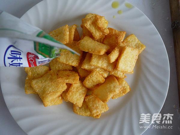 椒盐锅巴做法图解_椒盐脆锅巴自制零食的做法_【图解】椒盐脆锅