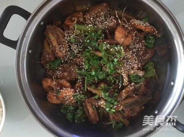 干锅鸡翅虾的做法图片
