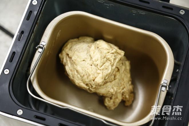 全麦面包的做法_家常全麦面包的做法【图】全麦面包