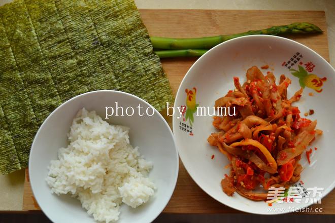萝卜干寿司卷的做法