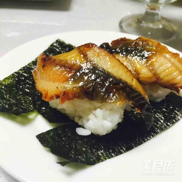 鳗鱼寿司的做法_家常鳗鱼寿司的做法