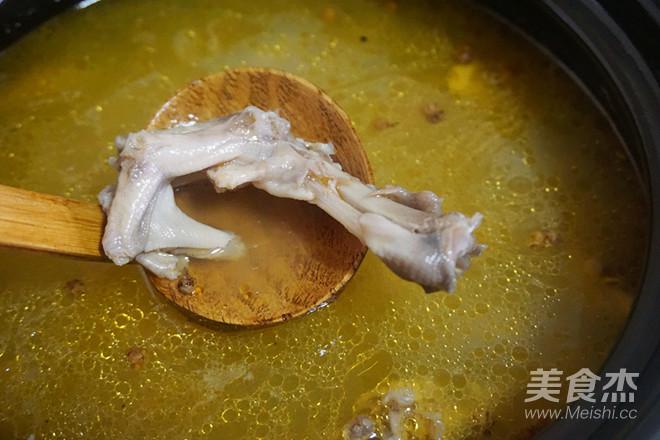酸做法萝卜汤的萝卜_鸭掌酸排骨家常汤的做法干菜鸭掌梅玉米图片