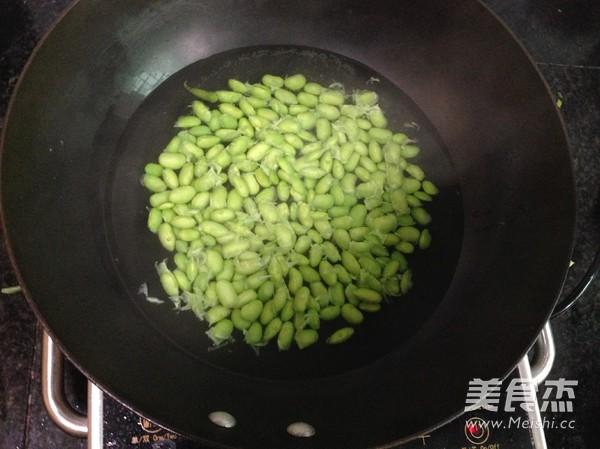 青豆烧排骨的做法 菜谱