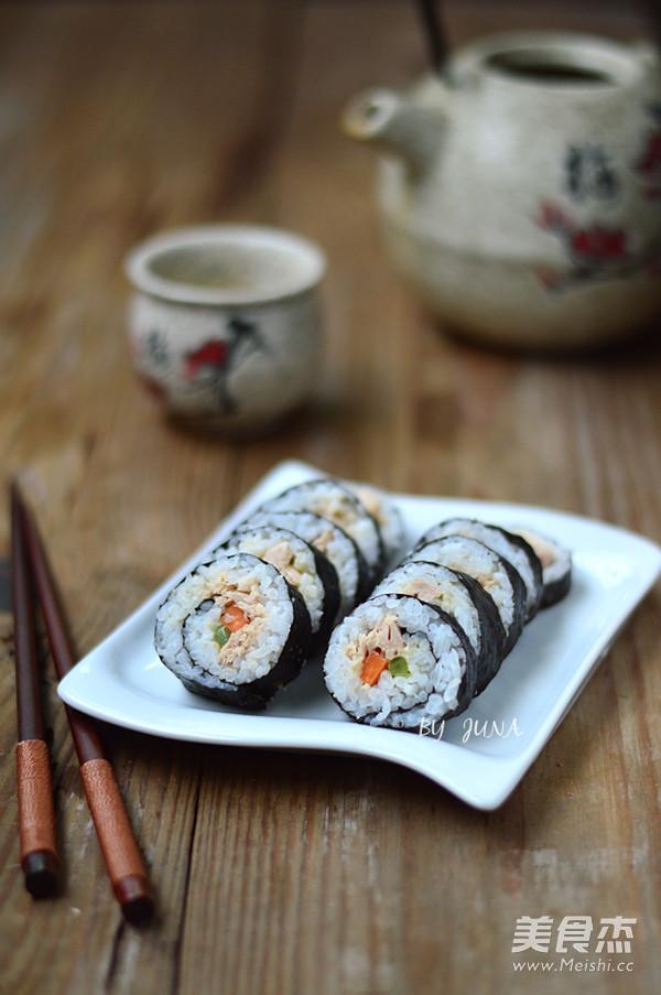 金枪鱼手卷寿司的做法_家常金枪鱼手卷寿司的做法