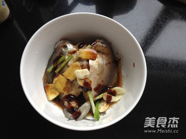 香炸土豆的步骤【鲳鱼图】_家常_鹌鹑杰做法做法蛋饼的美食菜谱大全图片