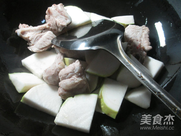 排骨烧大头菜的步骤【美食图】_菜谱_酒糟杰菜谱做法做图片