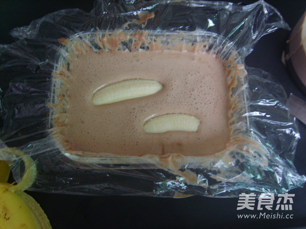 香蕉巧克力冰淇淋的做法_家常香蕉巧克力冰淇