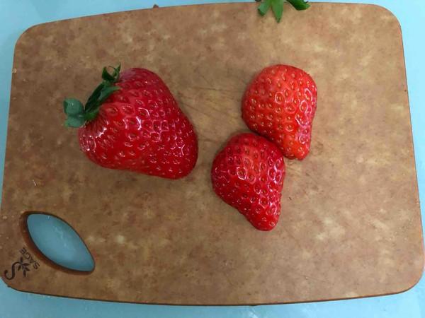 草莓毛巾卷怎么做