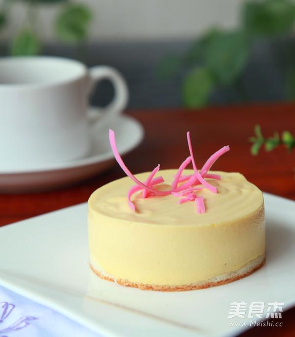 芒果小慕斯蛋糕的做法 家常芒果小慕斯蛋糕的做法 芒果小慕斯蛋糕的图片