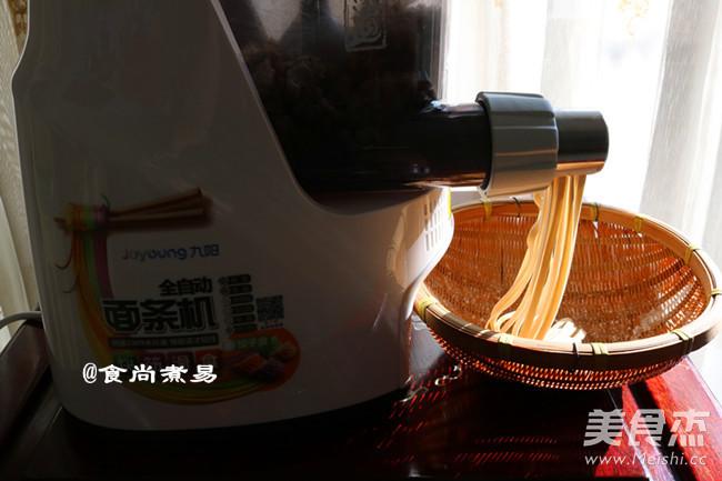 猪肝叶瘦肉做法汤猪肝家常_枸杞面的叶枸杞瘦咸笋五花肉图片